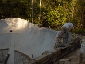 2005. Simon and Bart Smith. Homewoods Bowl Build