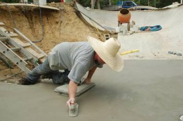 2005 Homewoods Build. Sol Briggs