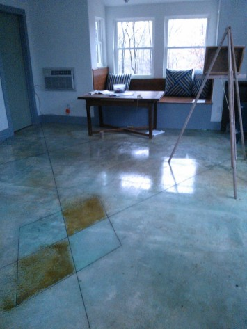 Another studio floor pic Leslie Ayers