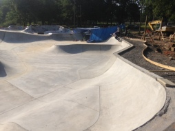 Skating New Crete- Kanis Skatepark