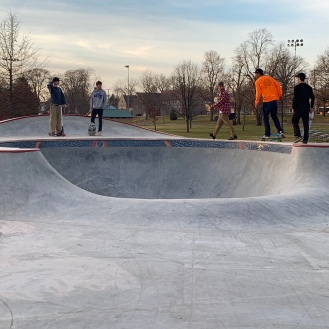 Kokomo Skatepark Bowl Pocket Tile Band